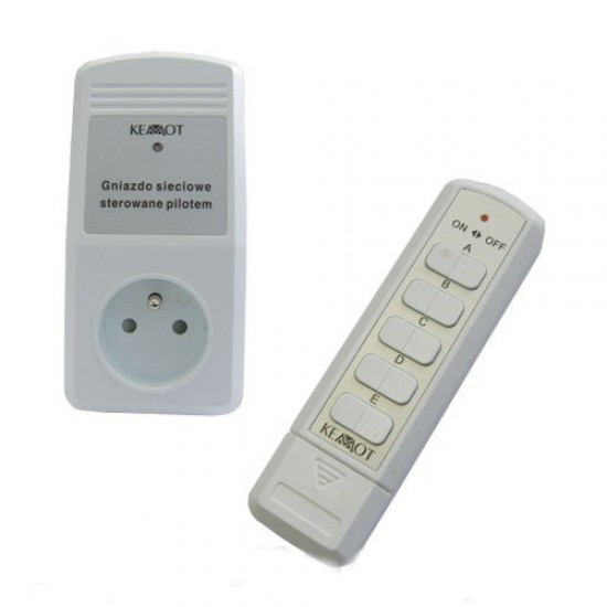 Dialkovo ovládaná zásuvka 1x+4kanál.dálkový ovládač