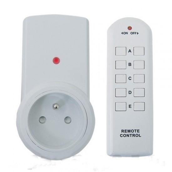 Dialkovo ovládaná bezdrôtová zásuvka TA15